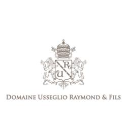 """Domaine Raymond Usseglio <a href=""""/regions/chateauneuf-du-pape"""">Châteauneuf-du-Pape</a>, <a href=""""/regions/rhone"""">Rhône</a> France"""